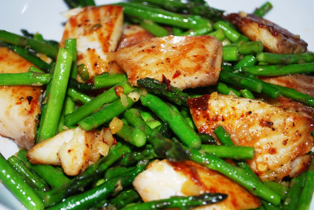 Stir-fry Tilapia with Asparagus
